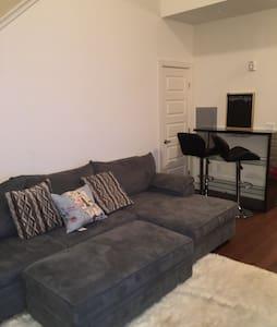 Amazing Studio Loft Apartment ! - Linden - Byt