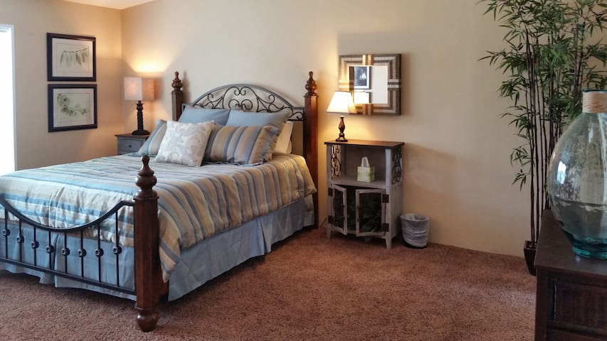 Large bedroom with queen bed - memory foam topper available for greater comfort