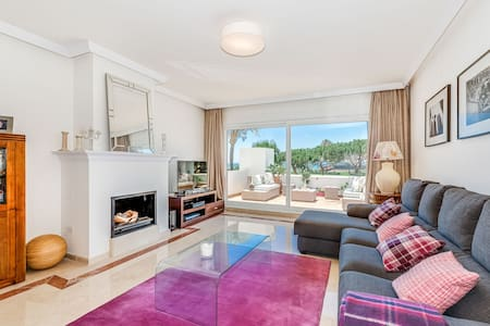 Exclusive apartment in a prestigious area