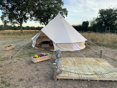 Old Buckenham Luxury Bell Tent Escape