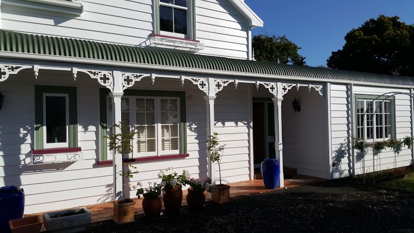 Kowhai House for a peaceful stay