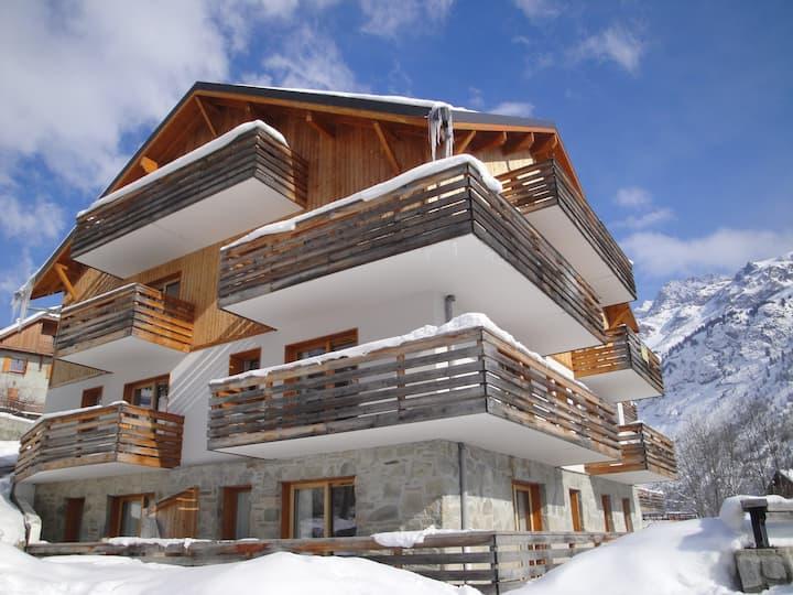 Appartement cosy dans le centre | Séjour de ski relaxant à Vaujany