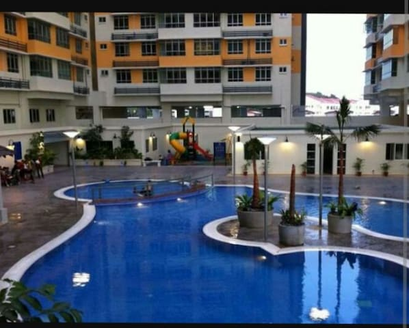 3 bedroom apt. with swimming pool - Shah Alam - Flat