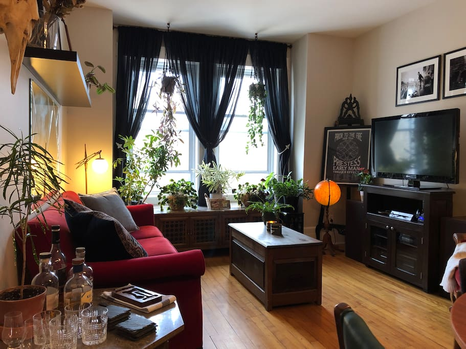 Apartment in Monkland Village w/ Private Parking ...