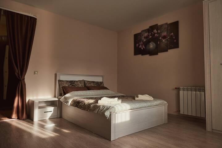 Современная комфортабельная квартира Антонова, 70