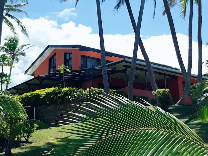 HEAVENSDOOR|FIJI-MillionDollar View