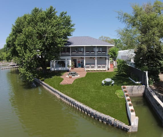 Lake Home to rent - Council Bluffs - House