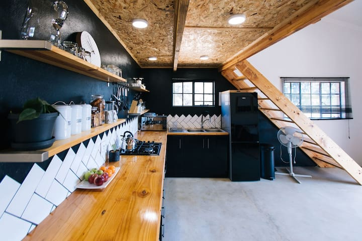 The Black Loft Apartment