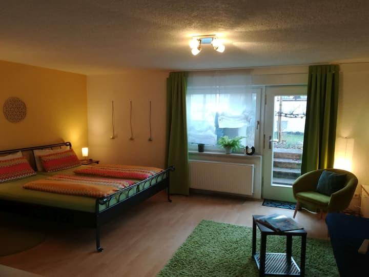 Ferienwohnung Larimar, (Meersburg), Ferienwohnung, 44qm, 1 Wohn-/Schlafraum, max. 3 Personen