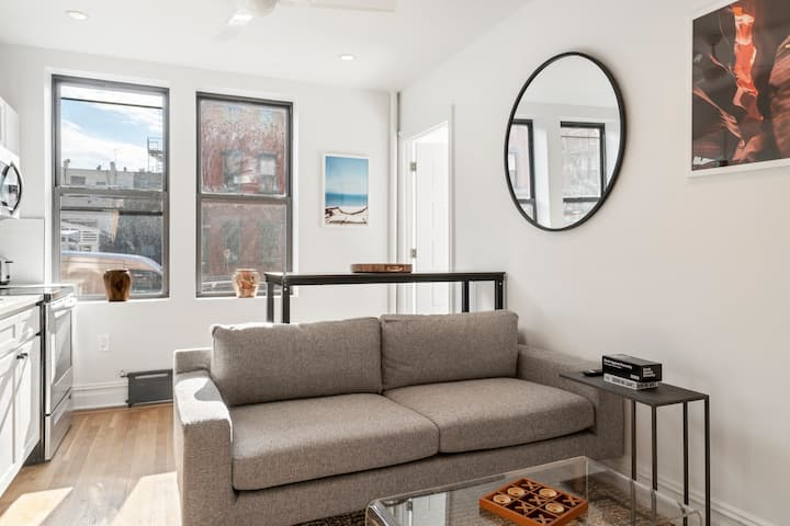 Charming NEW ROOM in Greenpoint