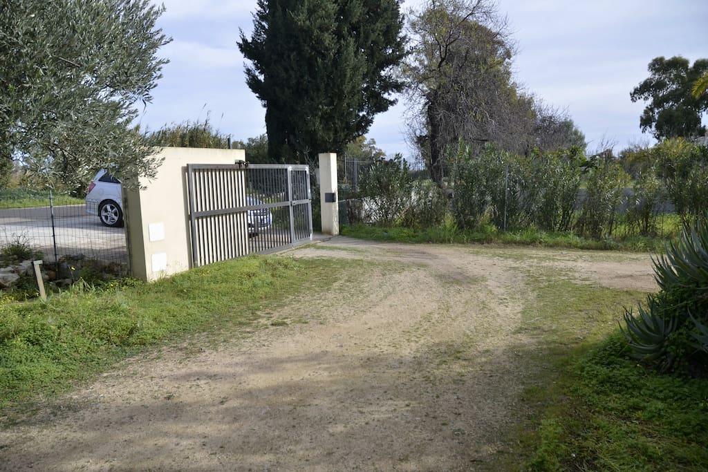 Cancello di ingresso nella proprietà