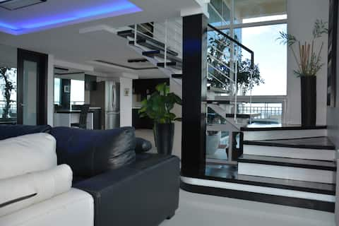 Wow--Penthouse | Terrace Jacuzzi Panorama 3BR