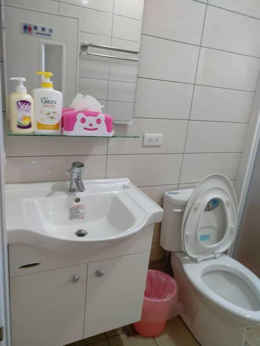 公用的衛浴間