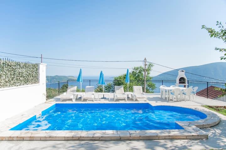 Aleksandar Vista - Villa With Pool and Sea View