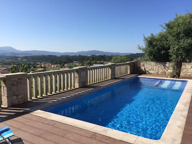 Chalet con inmejorables vistas y piscina (3602296)