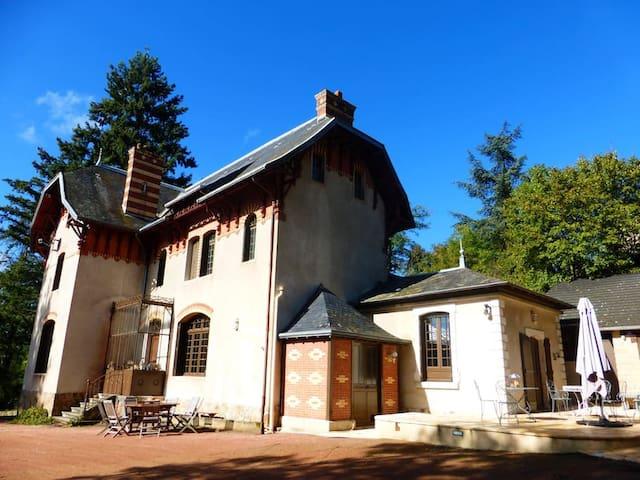"""""""Mélodies secrètes"""" à CLERMAIN à 10 kms de Cluny"""