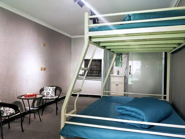绿能客栈简约单床房 (2),可住2-3人,停车方便,独立卫生间