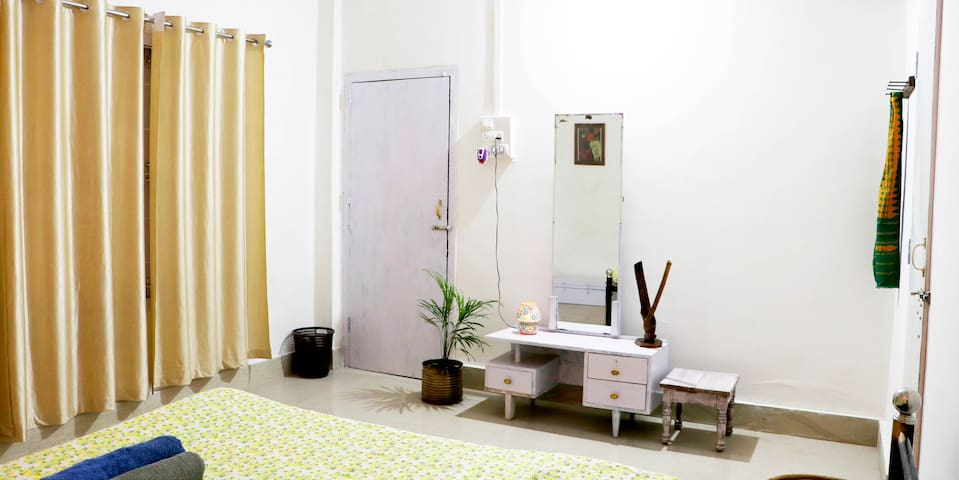 Independent Home Stay Golden Monkey Room 1