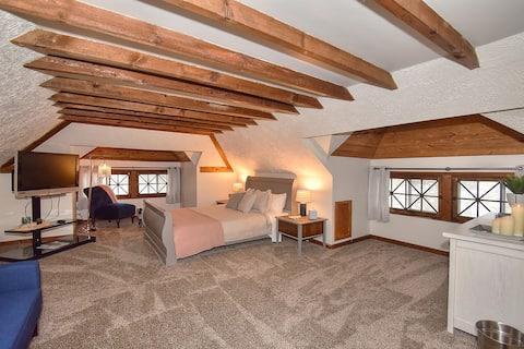 Charming Victorian loft