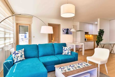 FULHAM ONE BEDROOM APARTMENT  5 mins TO THE BEACH