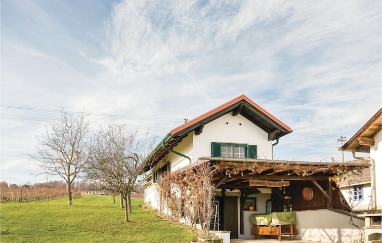 Holiday cottage with 1 bedroom on 32 m²