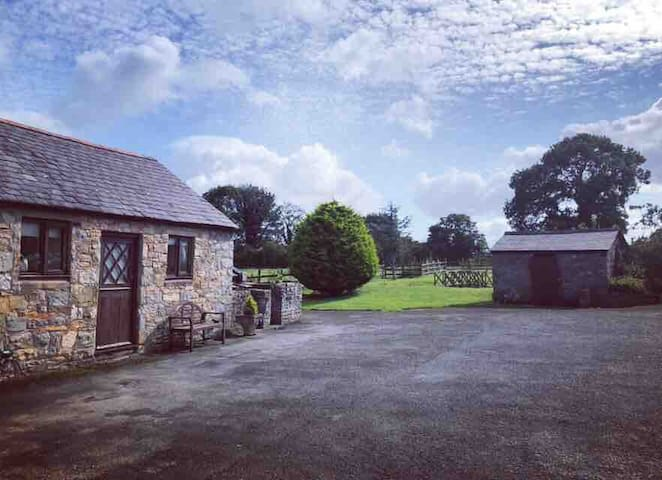 Luxury Cottage perfect for Chester, Mold & N.Wales