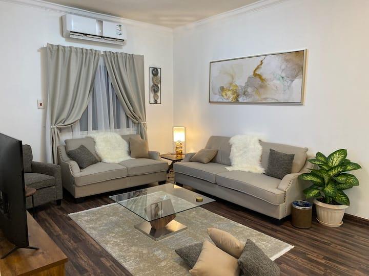 شقة جاكوزي راقية غرفة وصالة عزاب او عوائل