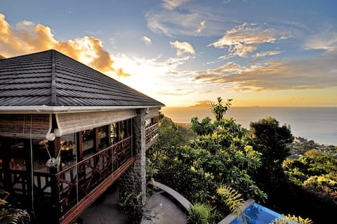 Luxury 5 bed Self-catering Villa in Beau Vallon