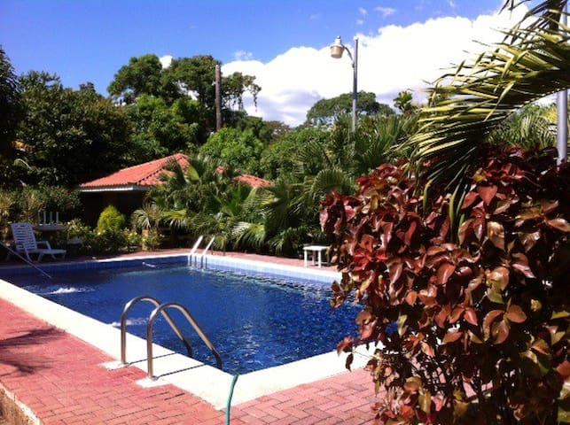 Prados del Sol, condo #32 - Barco Quebrado - Wohnung