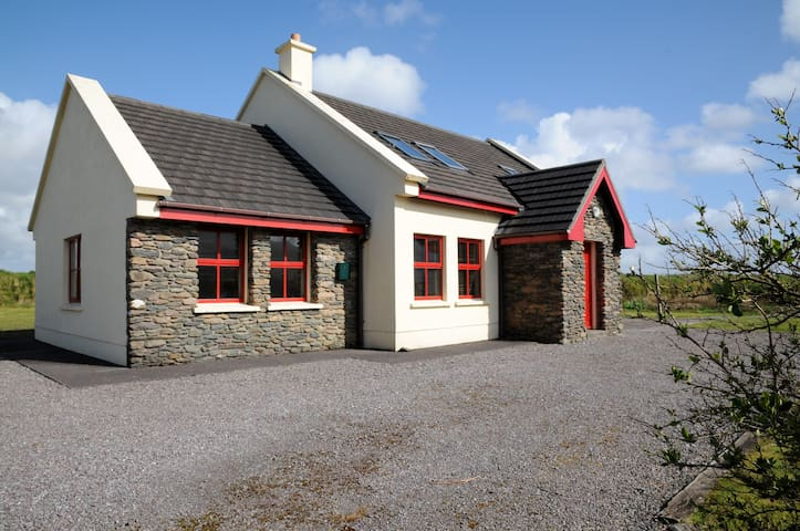 Ventry Cottage Near the Beach