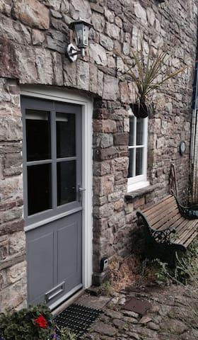 Cosy hideaway in the Brecon Beacons