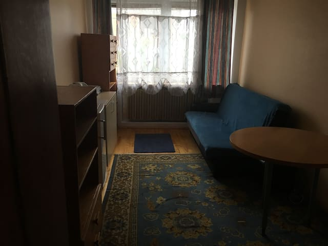 Cozy,Single room Bemowo/Pokój w domu 1-rodzinnym