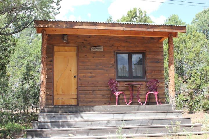 Jolly Llamas Getaway - Love Cabin - Sandia Park - Cottage