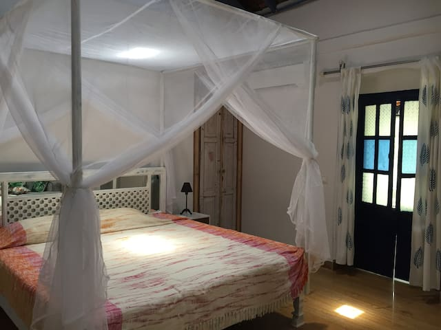 AC Master Bed and Bath in Coworking Heritage Villa