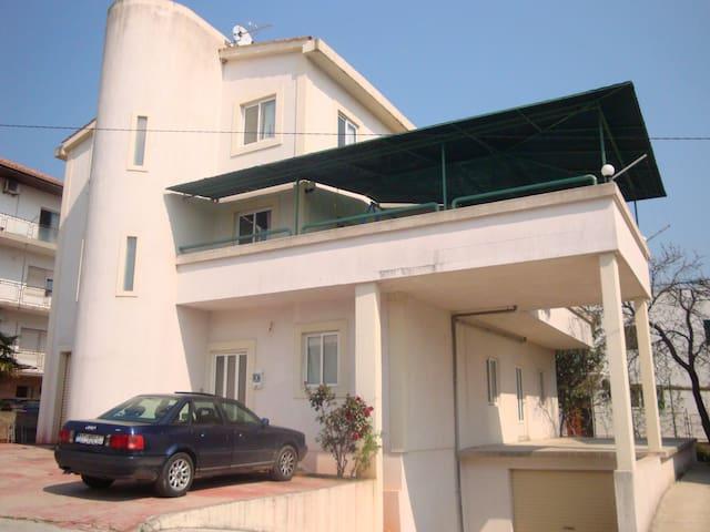 Apartments Michael in Split near beach