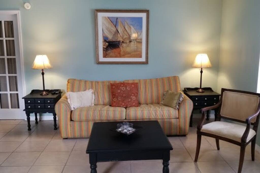 Adorable 1 Bedroom Apartment Centrally Located Houses For Rent In Daytona Beach Florida