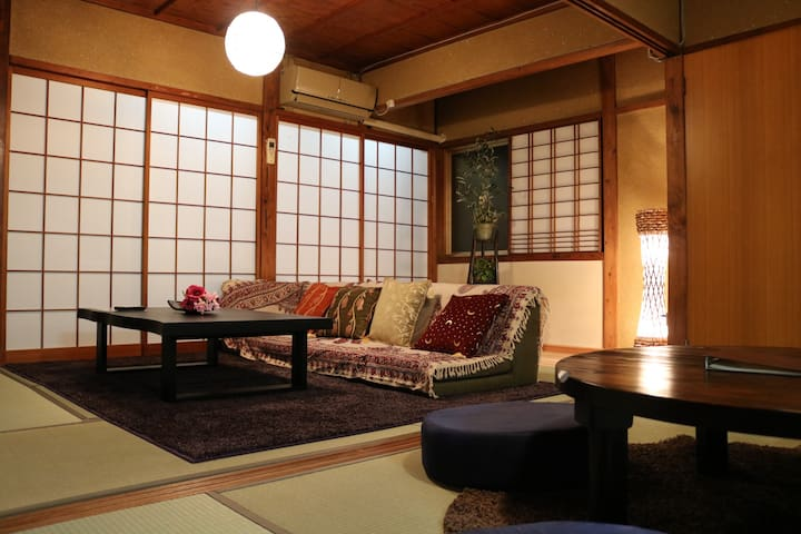 Renovated Machiya Townhouse/5-minutes to Kenrokuen