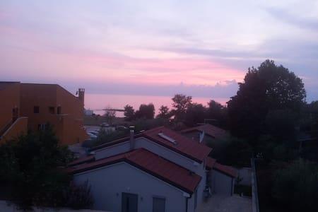 Sea view appartment - Zambratija - Apartment