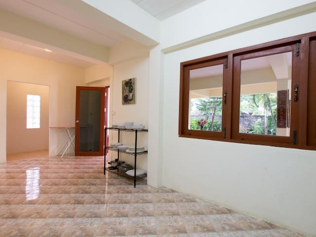 Fantastic 4 Bed Villa Close to Beach (1) Sleep 12. - Bang Tao - Villa