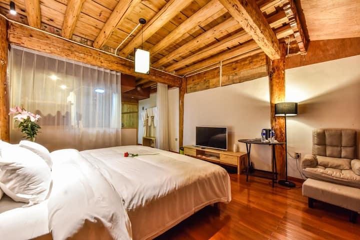 藏式豪华观景大床房