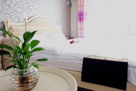 东戴河山海同湾大床房海景公寓拎包即来 - Huludao