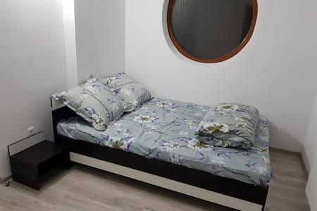 Casa Dragoeni, Dormitor 1