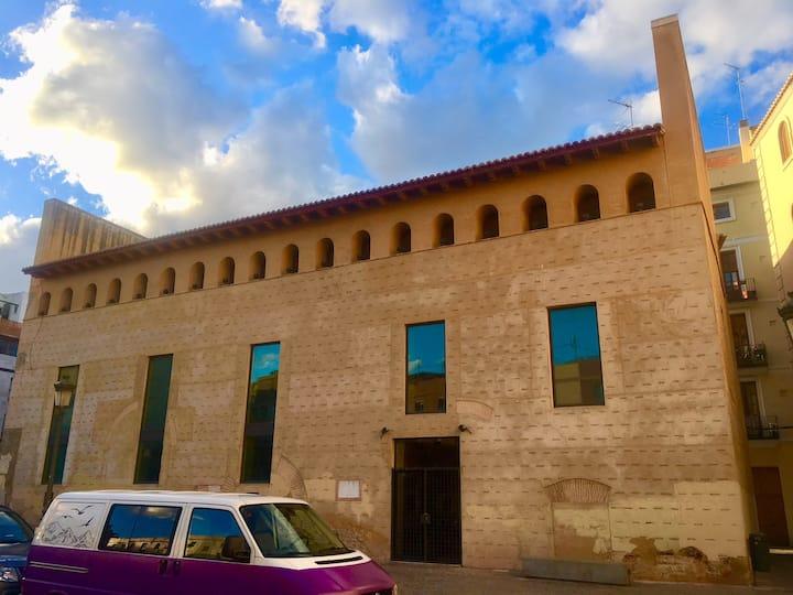 Old city heart Valencia EL PILAR center