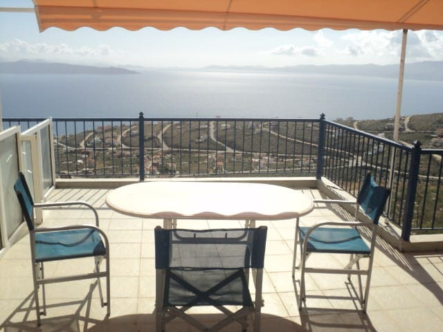 σπίτια με άνεση ηρεμία και υπέροχη θεα - Akti Nireos - Apartment