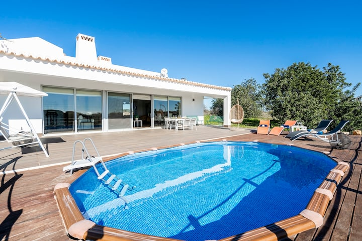 Poça da Negra Algarve Villa w/ pool for 6