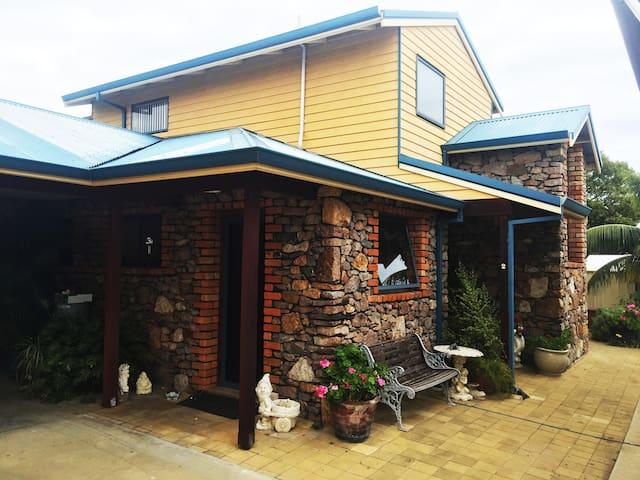 Granite Townhouse