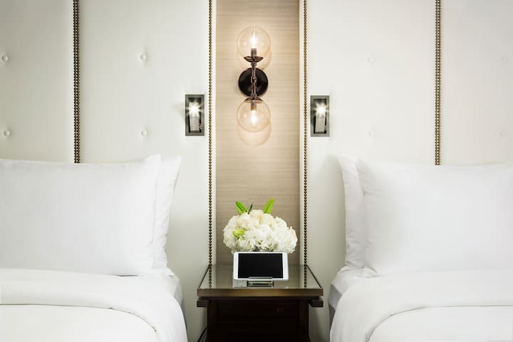 Luxury Room with Two Queen Beds