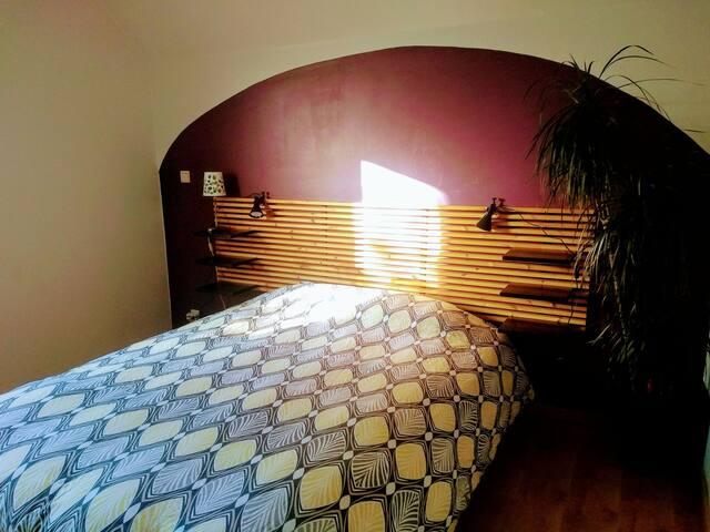 Sukha - Chambre dans une atmosphère douce&paisible