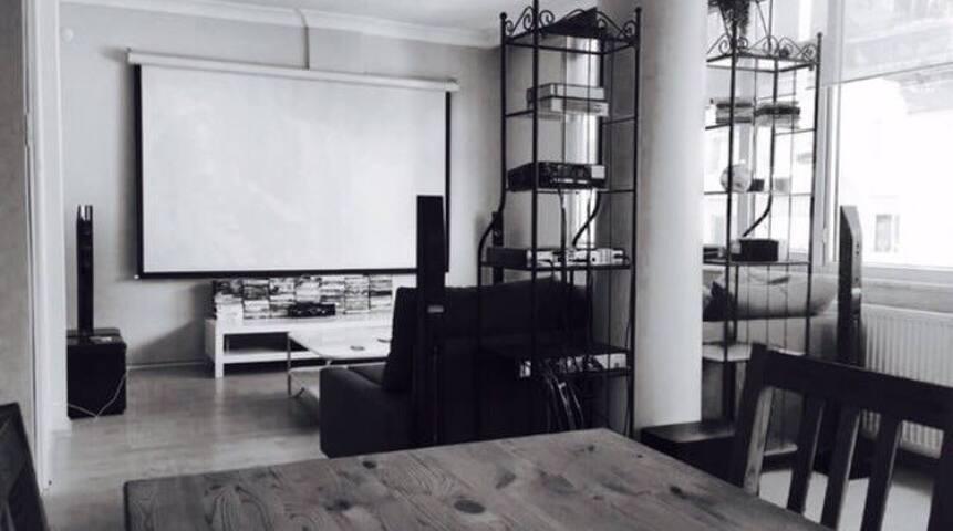 Charming flat in Nisantasi - Şişli - Квартира