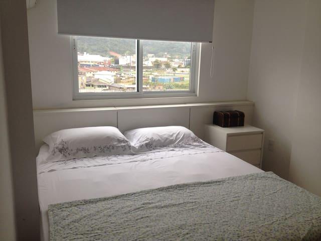 Quarto Privado Minimalista e Aconchegante - Camboriú - Wohnung